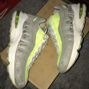 Nike Shoes - Women's Air Max '95
